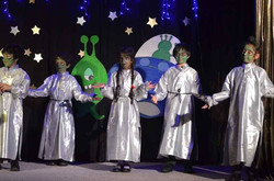 Christmas with the Aliens Dec 2016  (50)