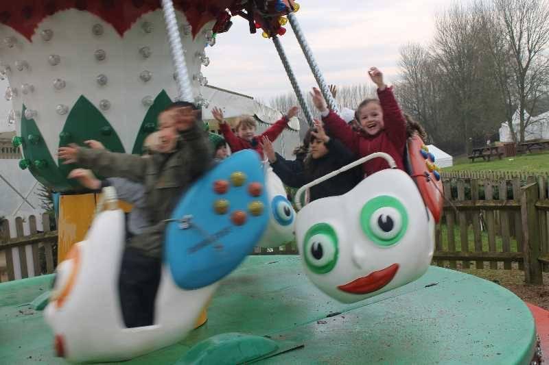 1 Vale's Trip to Hatton's Christmas Kingdom  (79)