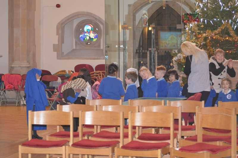 RChad Visit To Church Dec 2016  (42)