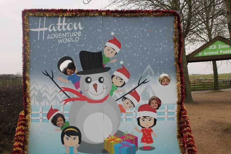 1 Vale's Trip to Hatton's Christmas Kingdom  (10)
