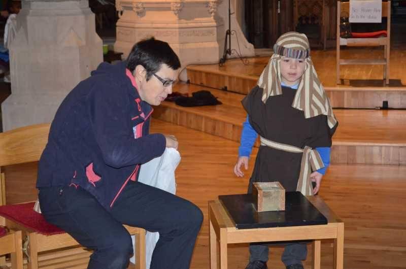 RChad Visit To Church Dec 2016  (72)