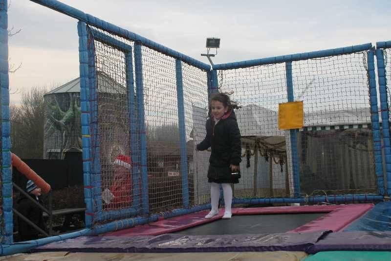 1 Vale's Trip to Hatton's Christmas Kingdom  (34)