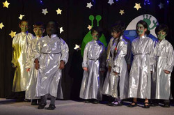 Christmas with the Aliens Dec 2016  (24)