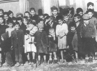 Roma Holocaust victims commemorated