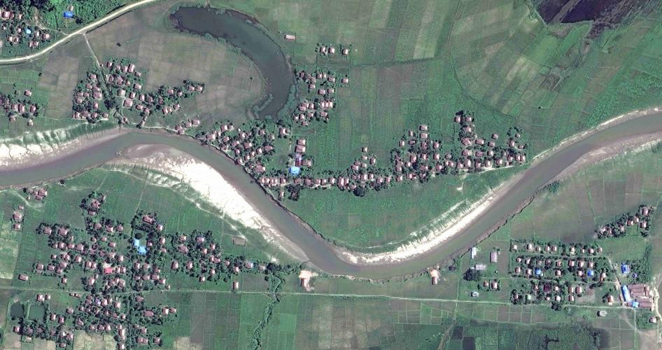 Satellite imagery of four villages in Maungdaw township, northern Rakhine State, on November 6 and December 2, 2017.  Before: © 2017 Digital Globe After: © 2017 Digital Globe