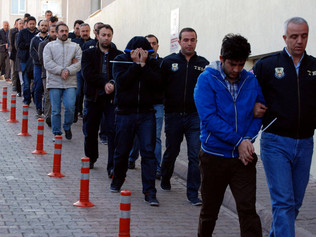 Over 1,000 Police Officers Are Detained in Raids in Turkey