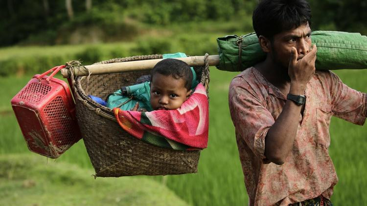 Warning: Graphic content. Around 370,000 Rohingya refugees have fled into Bangladesh since late August during the outbreak of violence in Rakhine state, Myanmar.