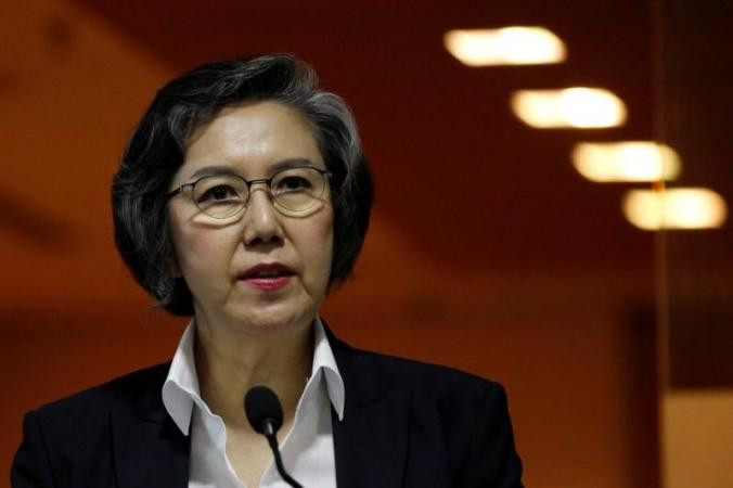 Yanghee Lee, UN special rapporteur on human rights in Burma, speaks at a news conference in Rangoon, July 1, 2016. © 2016 Reuters