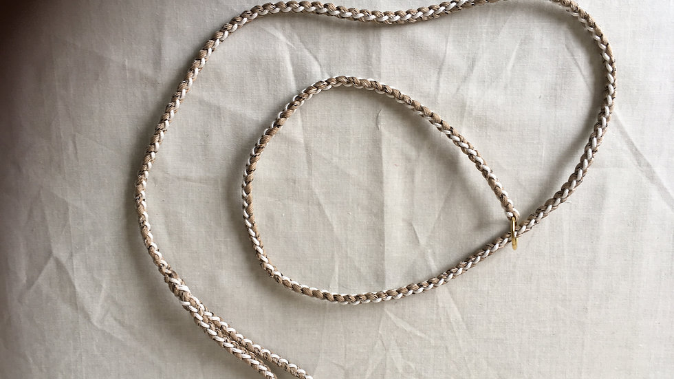 White and Beige handmade paracord lead