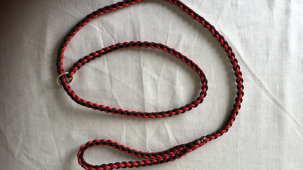 Red and Black handmade paracord slip lead