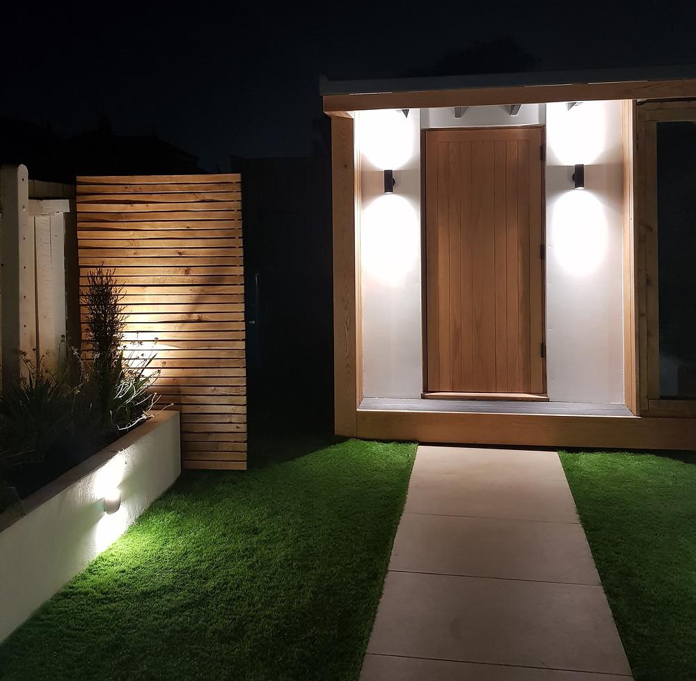 Outdoor lighting in garden Hull, Electrician in Hull, Outdoor socket Hull, Local electrician