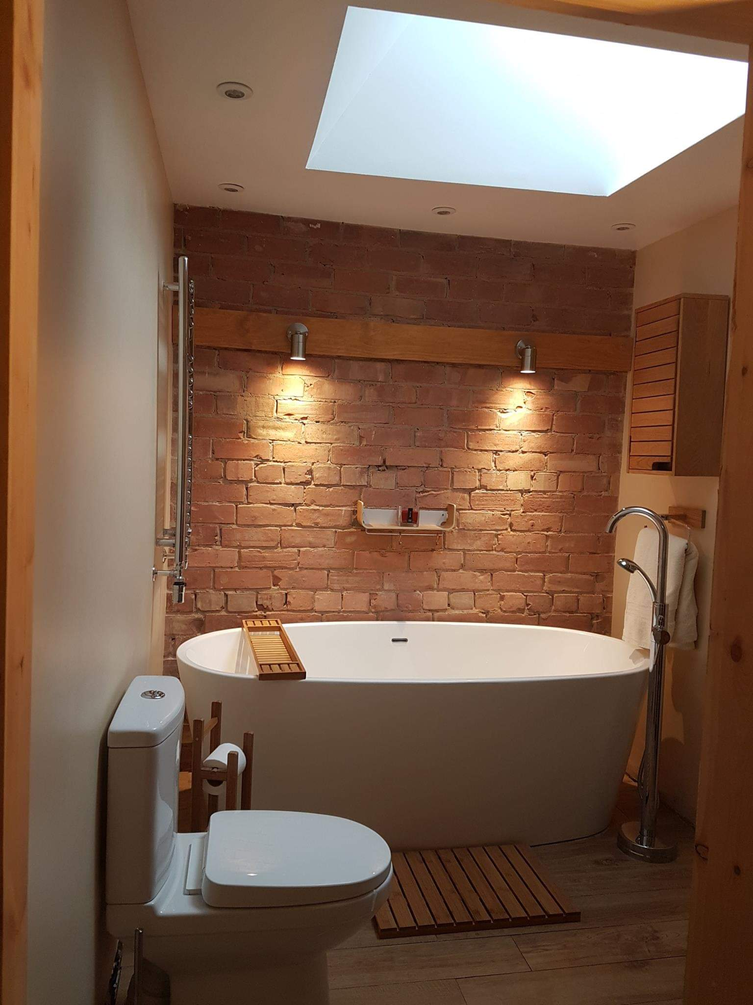 Bathroom Wall Lights Install, Hull, Hull Electrician, Hull Power Ltd