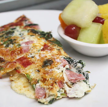 OMELETTE WITH FRUIT