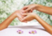 Massage mains.jpg