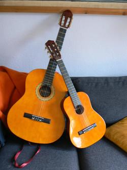P1050935+akk+guitarer