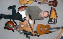 Historien+om+10+guitarer
