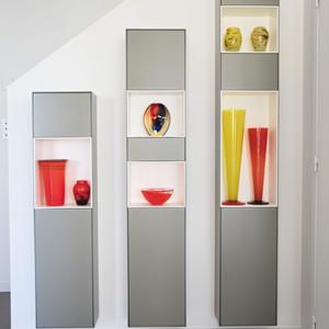 Petits meubles sur-mesure, avec niches et rangements