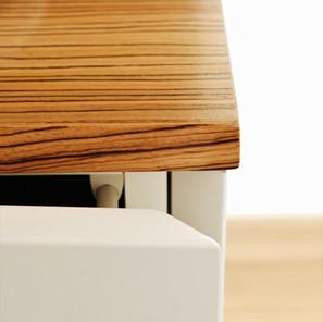 Détail placage en bois véritable