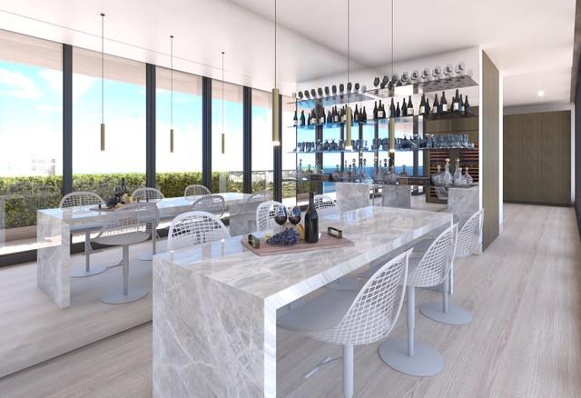 Arte Surfside Wine Lounge