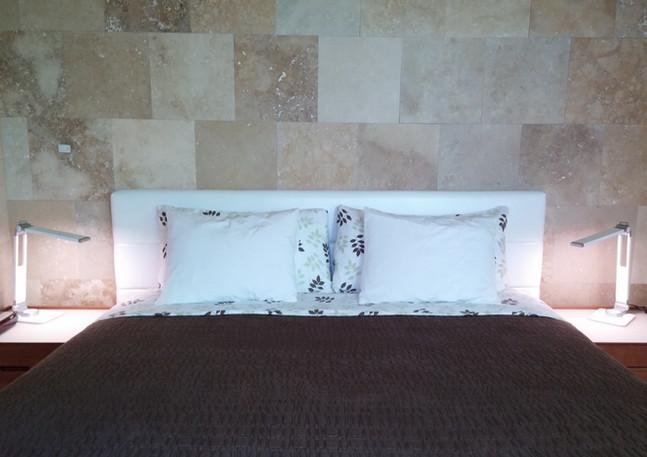 king bed - modern