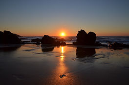 sunset-1244290_1280.jpg