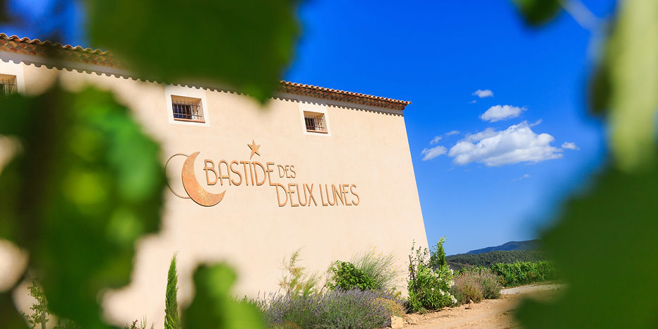 Bastide-des-2-lunes-012-1800x900.jpg