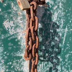 Rusty chain&lock