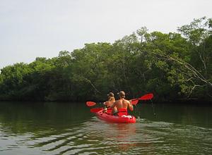 nosara kayaking