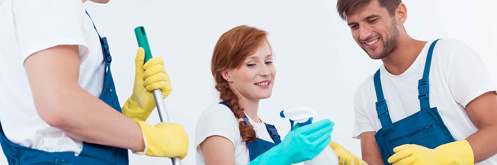 1111woman-holding-a-cleaning-agent-PTNCY