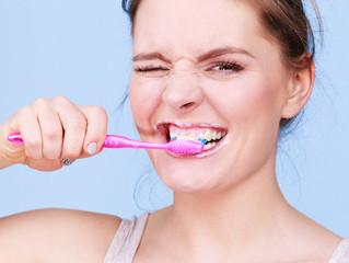 Break these brushing habits in 2019!
