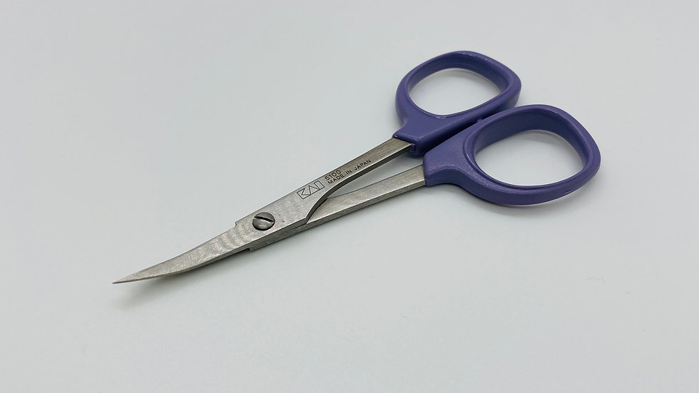 Janome Kai Curved Fine Point Embroidery Scissors 4″