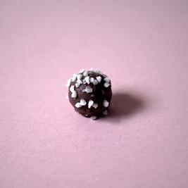 Prosecco_milk_chocolate_truffle