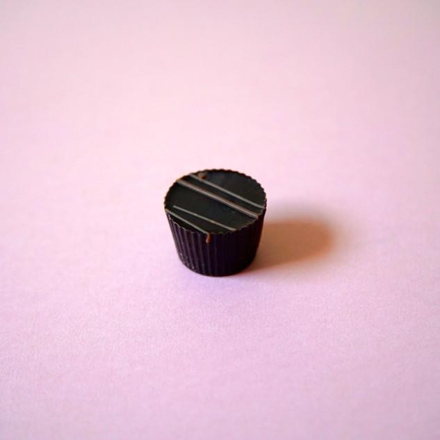 Dark choc salted caramel cup_For_Website