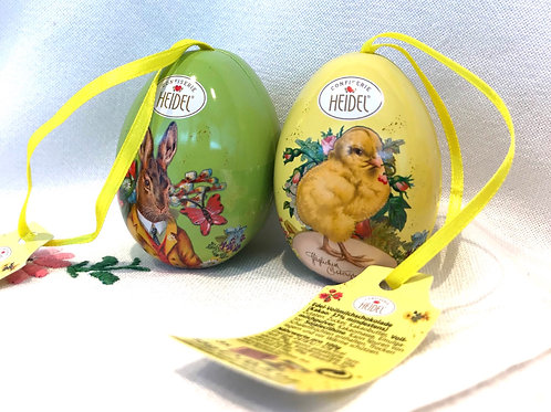Two Nostalgic Tin Eggs filled with Neapolitans 15g