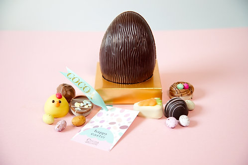 Dark chocolate Easter egg filled with assorted chocolates 200g
