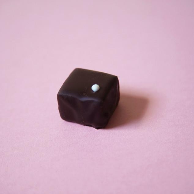 dark_rum_truffle_chocolate