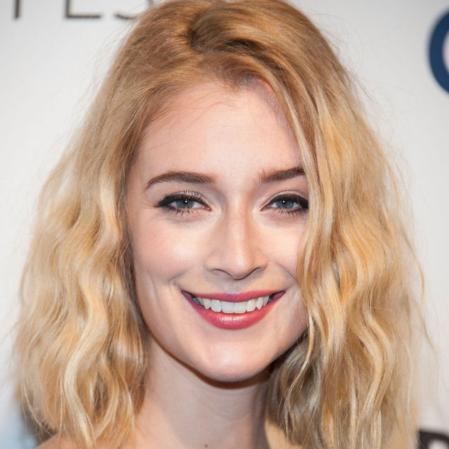 "Caitlin FitzGerald Sweetbitter ""Simone's"""