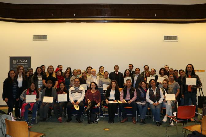 Se imparte taller de formación de instructores en ciudadanía de los Estados Unidos