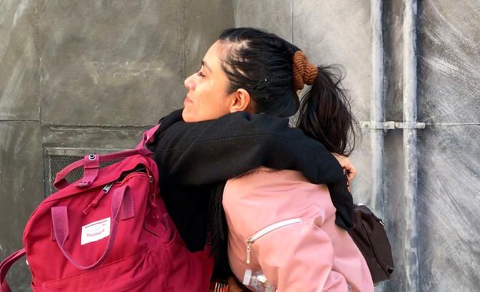 Alumna de maestría realiza examen profesional para titularse en la sede de la UNAM en Los Ángeles
