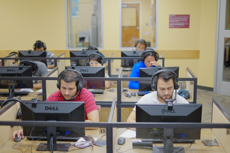 Laboratorios para práctica de TOEFL