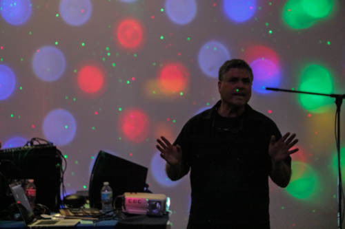 Musique & Multimedia: Lights, Dancing and Overflowing Energy