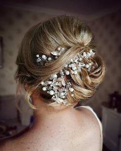 Bridal_Hair_by_Vow_2_Wow_Kilkenny_-_