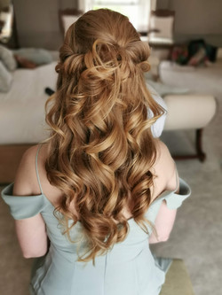 romantic_weddinghairstyle