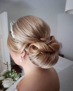 wedding hairstyle chignon