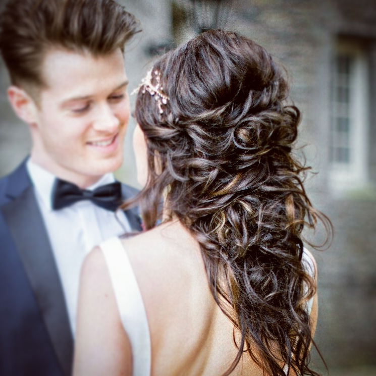 toussled bridal hairstyle