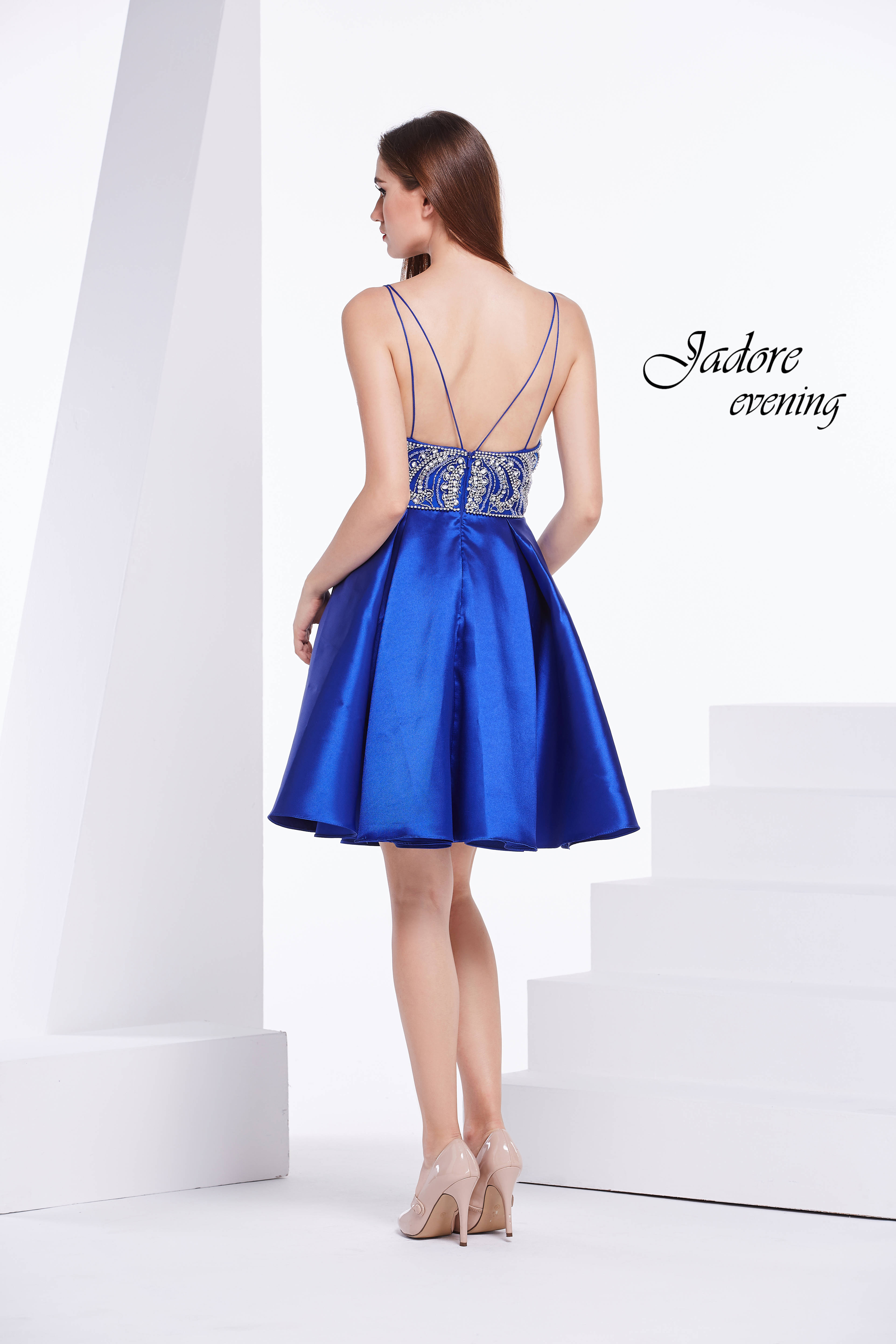 J14096-Royal (back)