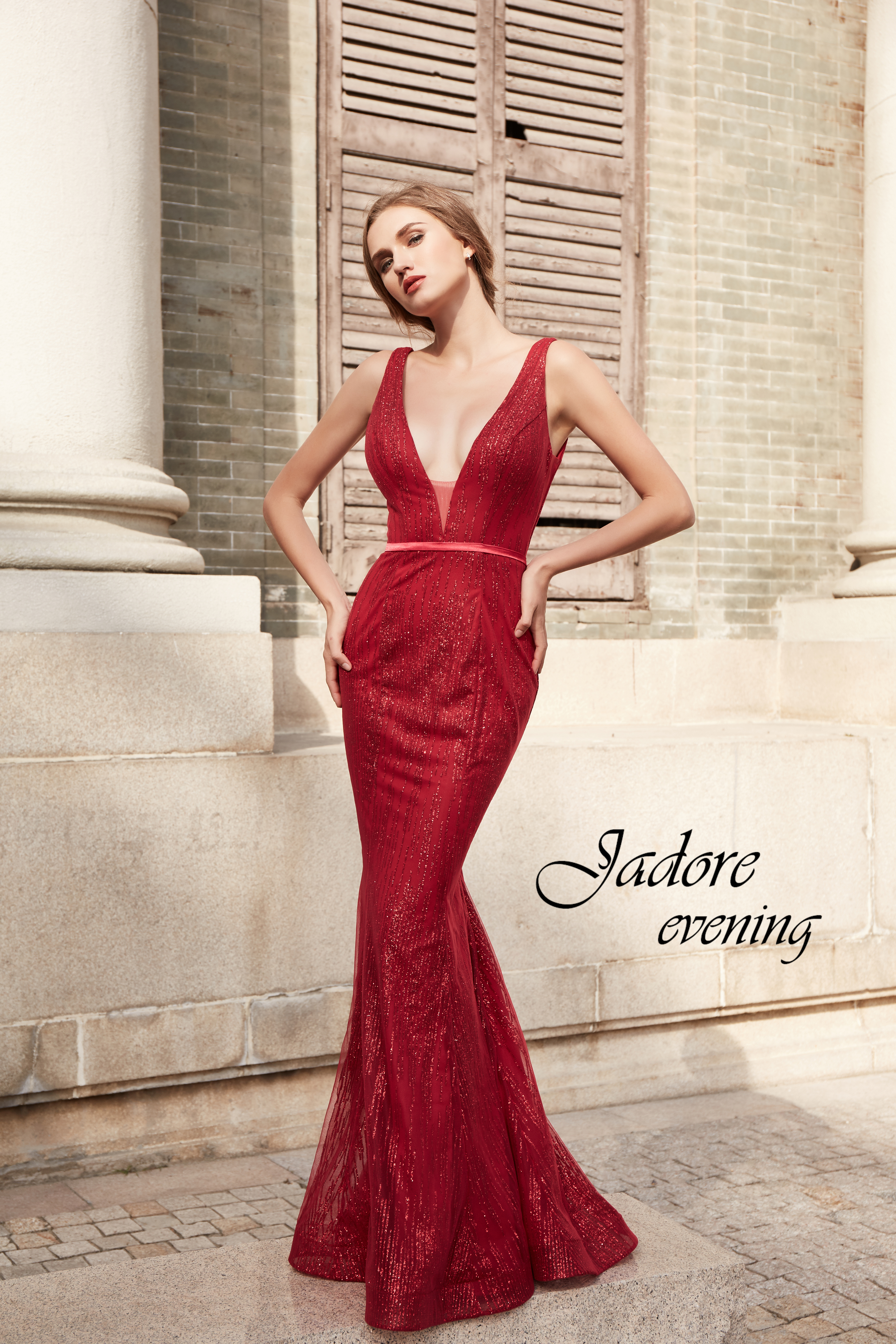 J15018-Red