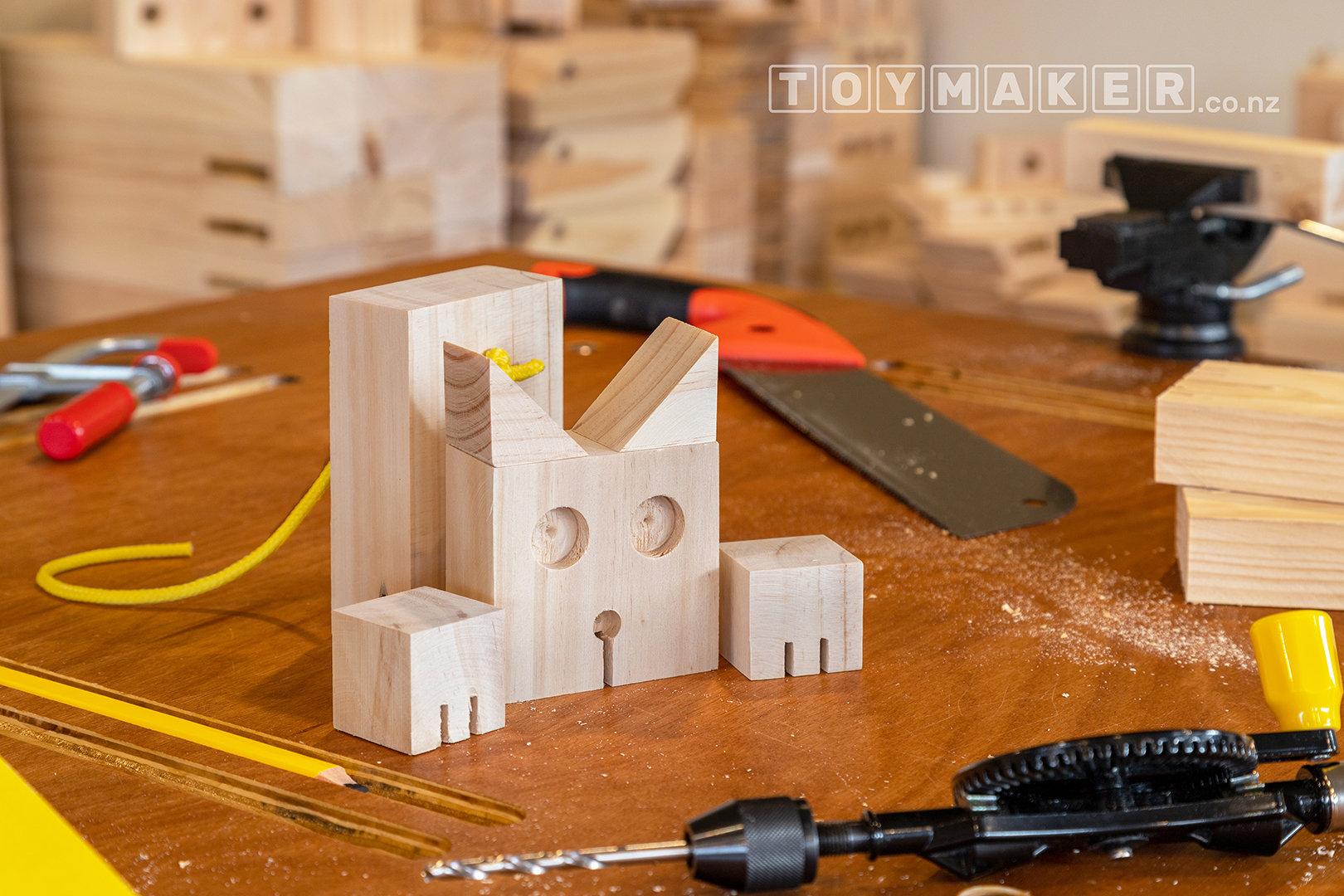 Make a Wooden Cat | PETONE