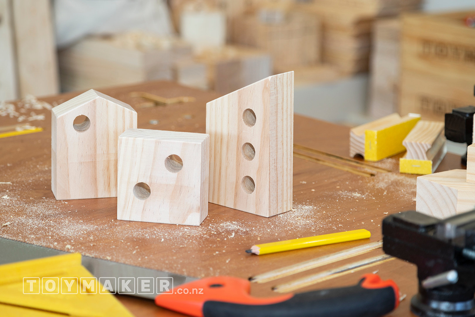 Make Wooden Block Houses | PETONE