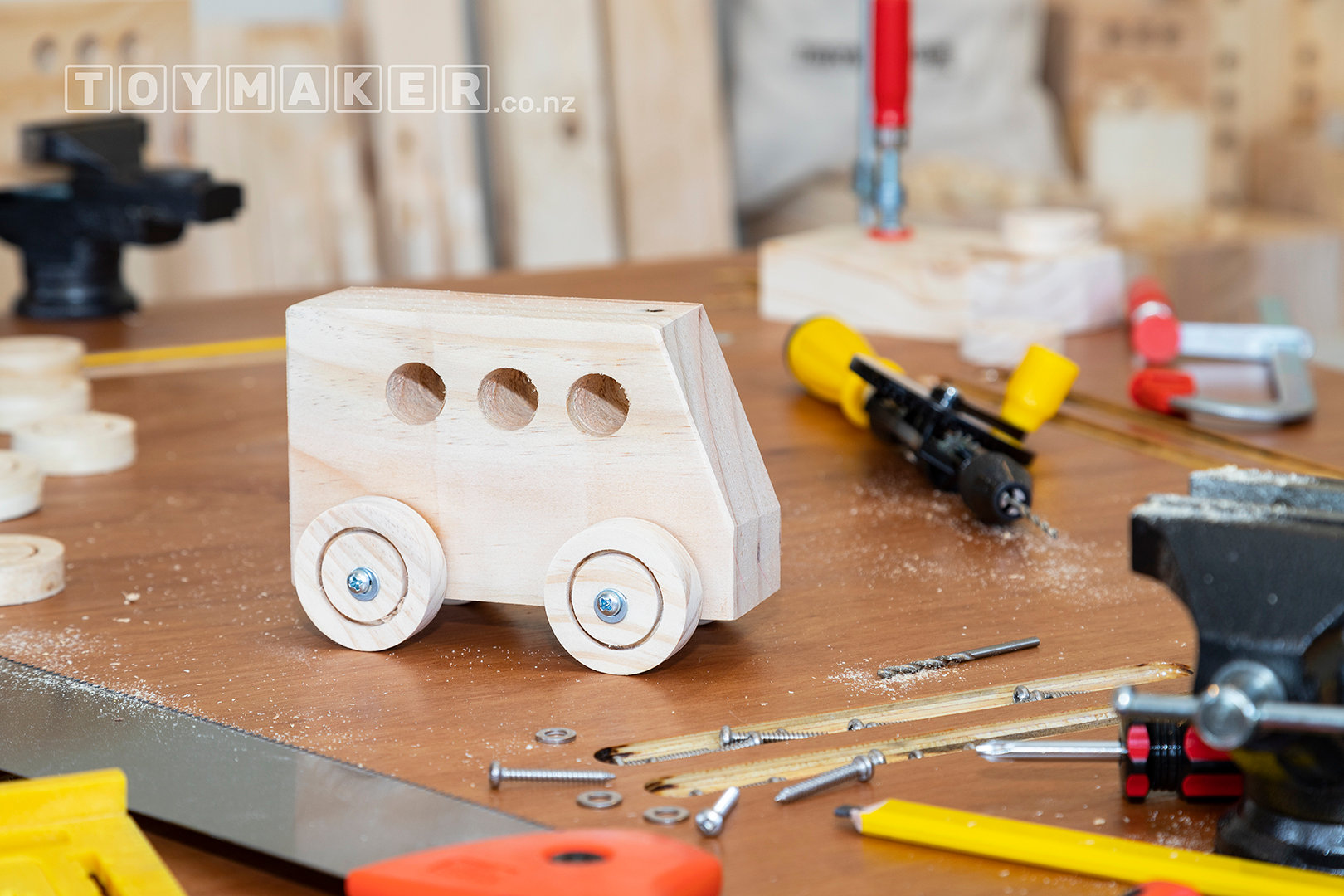Make a Wooden Bus | PETONE